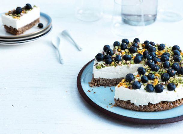 Best recipe for low carb/LCHF-cheesecake! This cake is so good, nobody will notice it's both sugar and gluten free! --> MyCopenhagenKitchen.com